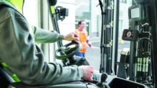 Fahrerkabine mit der Truck Unit des Linde Safety Guards