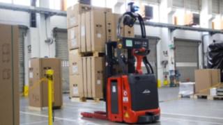 Automatisierte Linde-Fahrzeuge bei Wolf GmbH