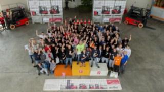 Gruppenbild der Teilnehmer Suffel StaplerCup